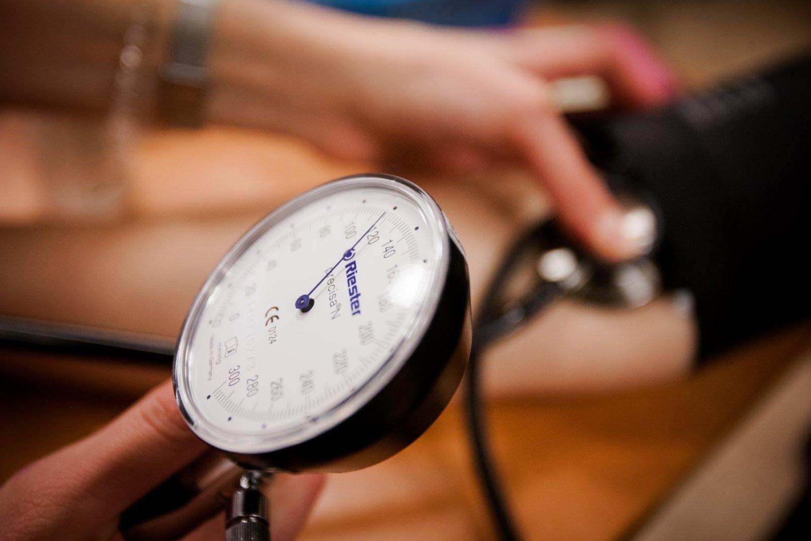 visame pasaulyje kovoja su hipertenzija