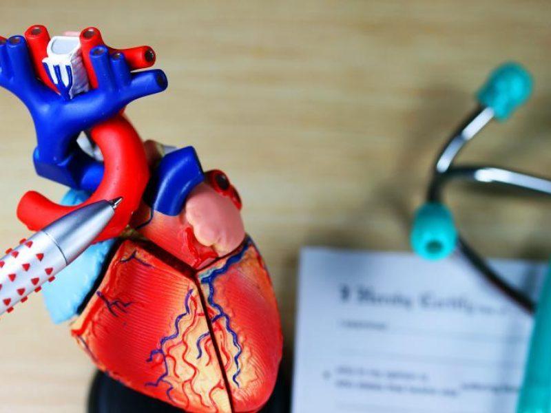 kaip elgtis su vyresnio amžiaus žmogaus hipertenzija