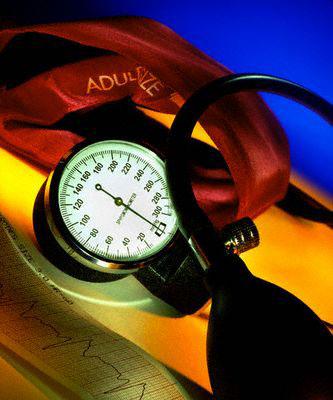 hipertenzijos gydymas prietaisu
