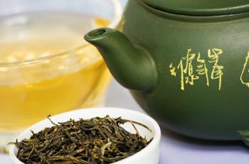 žaliosios arbatos nauda hipertenzijai moterų sveikatos mėnesinė širdies apyvarta